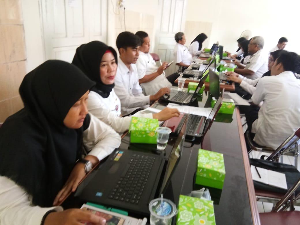 Kelurahan Penambongan mengikuti Bintek Website Kelurahan dan Kecamatan